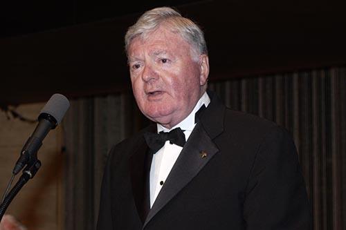 William D. Walsh, Namesake of Rose Hill Library, Dies at 83