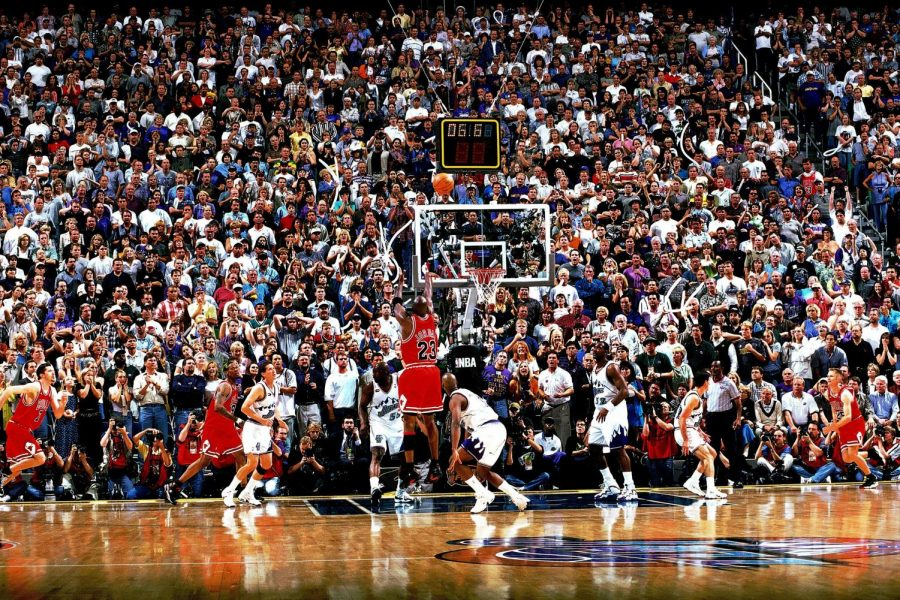Michael Jordan's shot at the end of Game 6 of the 1998 NBA Finals (above) clinched the Bulls' sixth championship. (Courtesy of Twitter)