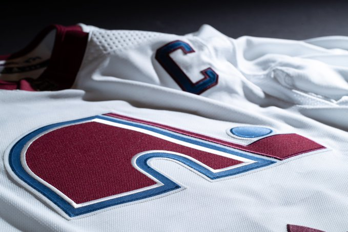 The Colorado Avalanche reverse retro uniforms are among the best in the sport. (Courtesy of Twitter)