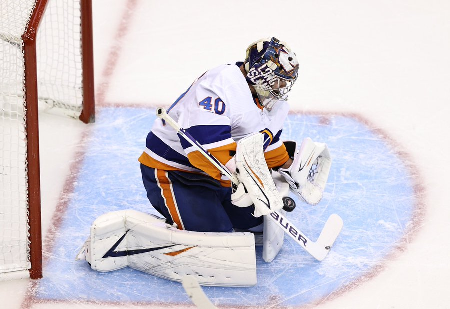 Early on, the Islanders have struggled to replicate last season's success, and the goalkeeping has not been of any help. (Courtesy of Twitter)