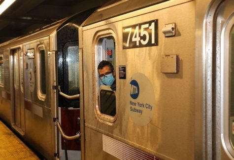Iconic New Yorkers Voice Subway and Bus Announcements