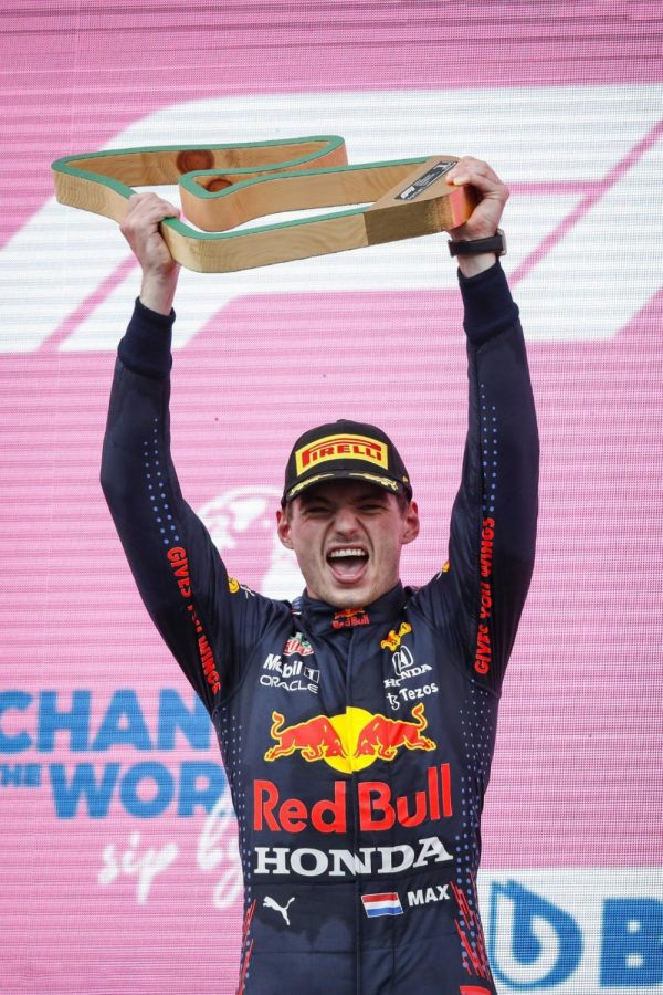 Red Bulls Max Verstappen cruised to his 4th win of the season at the Styrian Grand Prix with a commanding victory which was never in doubt.