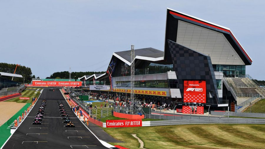 The 2021 Formula 1 season continued to add drama with the British Grand Prix in front of a fully packed out circuit. (courtesy of Twitter)