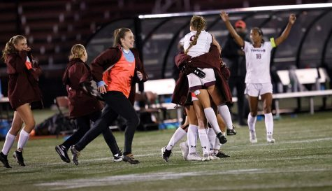 Women's Soccer Splits A-10 Conference Games